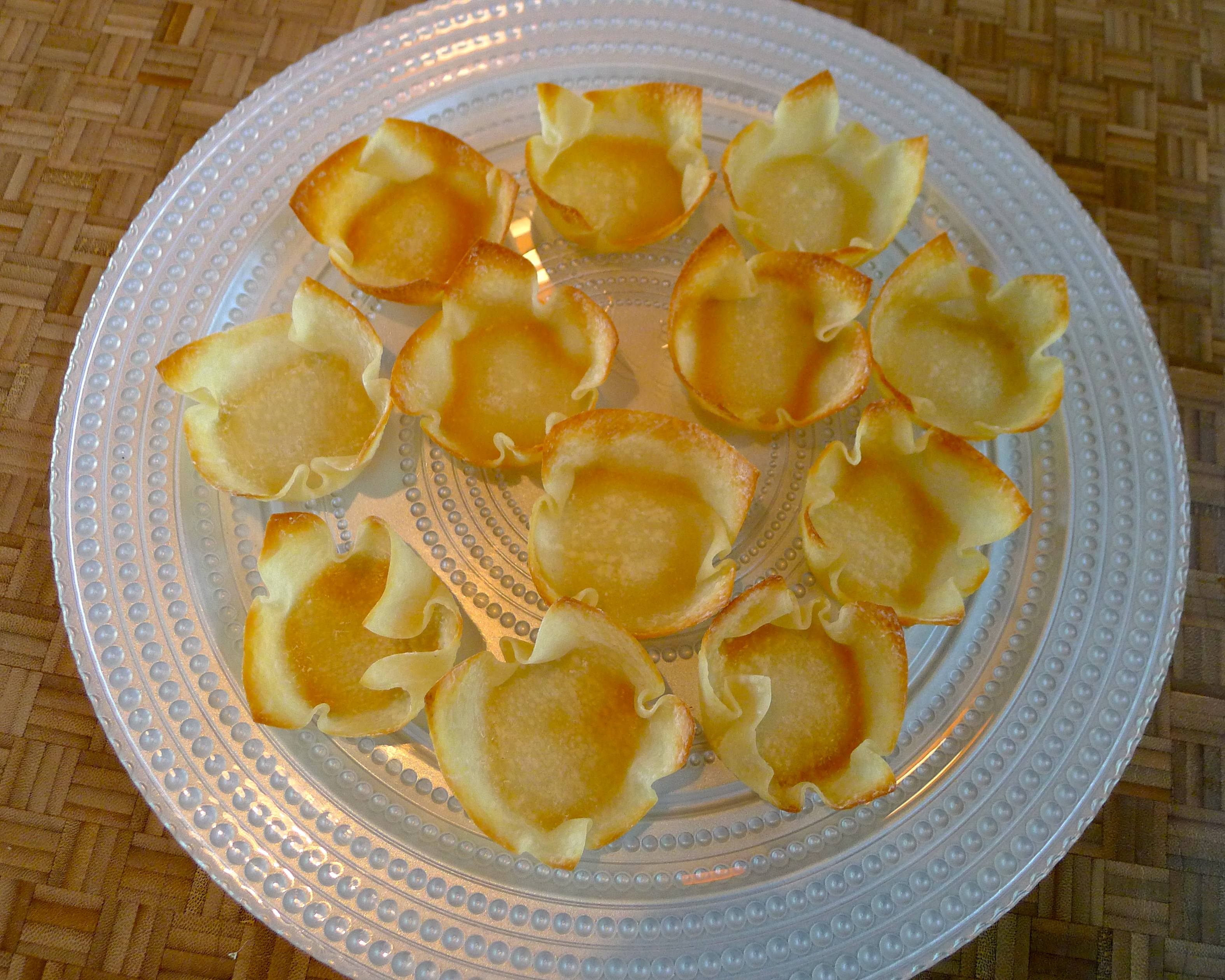 how to make wonton taco shells